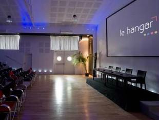 Das Gebäude - Seminar Tours la Riche