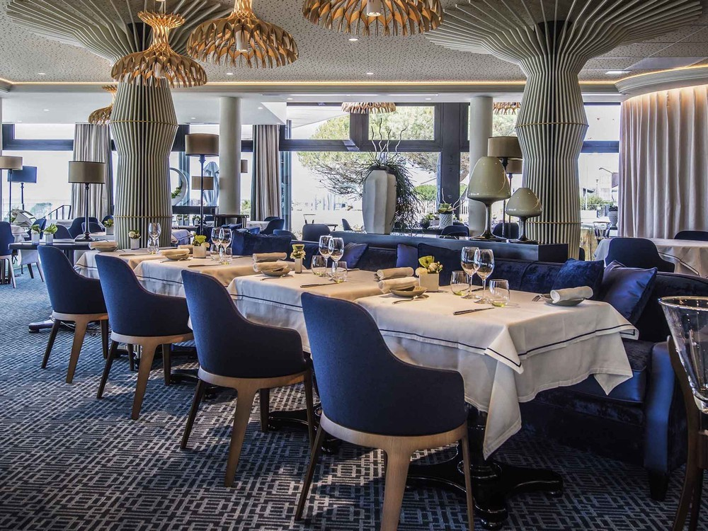 The large terrace hotel la rochelle mgallery by sofitel - restaurant