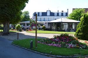 Seminar room: Le Château des Îles -