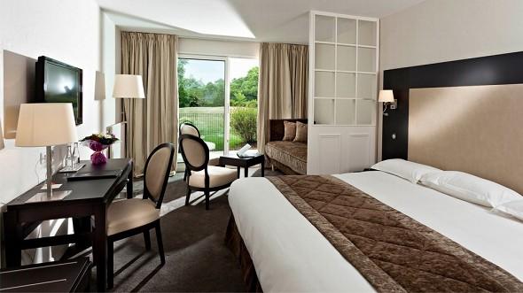 Park Hotel - najeti - renovated luxury room