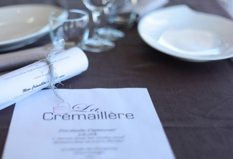 Hotel restaurant la rancaillere - table