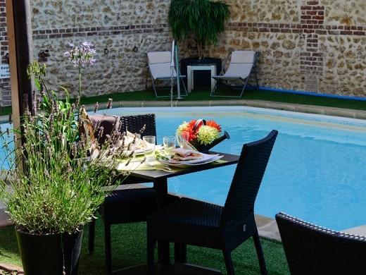 Das trophee by m hotel und spa - schwimmbad