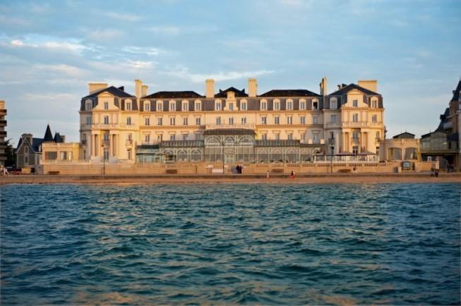 Grand Hotel Des Thermes Seminar Room Saint Malo 35