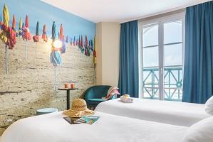 Roomvuemertwinbeachhoteltrouvillebabxiii7353copia