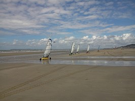Beach hotel / sand yachting activity 2