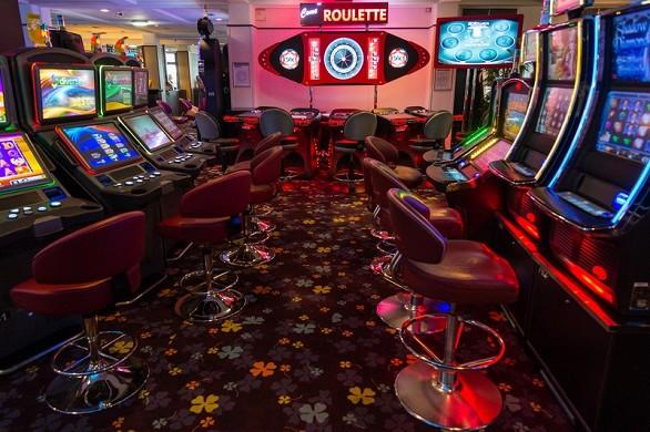 Casino spa hotel - casino