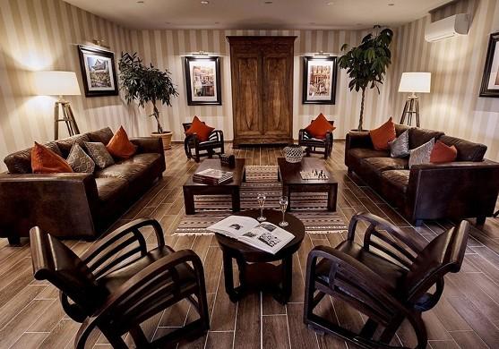 Le fleuray hotel & restaurant le colonial - interior