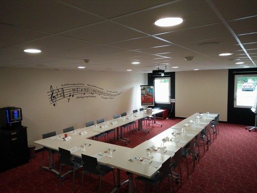 Ibis styles toulouse airport - salle séminaire armstrong