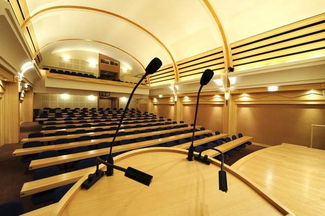 espace congr s de la chambre de m tiers et de l 39 artisanat de la haute savoie salle s minaire. Black Bedroom Furniture Sets. Home Design Ideas