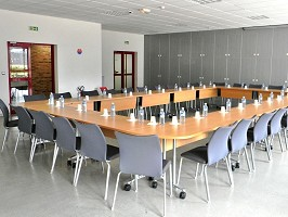 Meeting room to erables