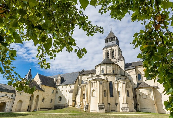Royal Abbey of Fontevraud - an atypical seminar location