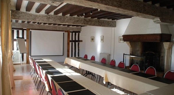 Castle Champvallins - meeting room