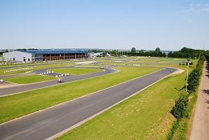 Karting Caen - organizzare un business sportivo di team building
