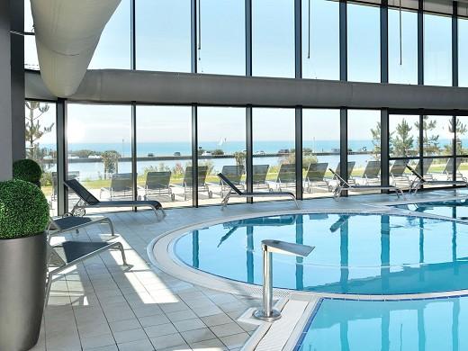 Hotel West Coast Thalassotherapie und Spa - mgallery by Sofitel - Sand von Olonne - Schwimmbad