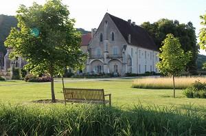 Abadía de Reigny - lugar de seminario atípico en el Yonne
