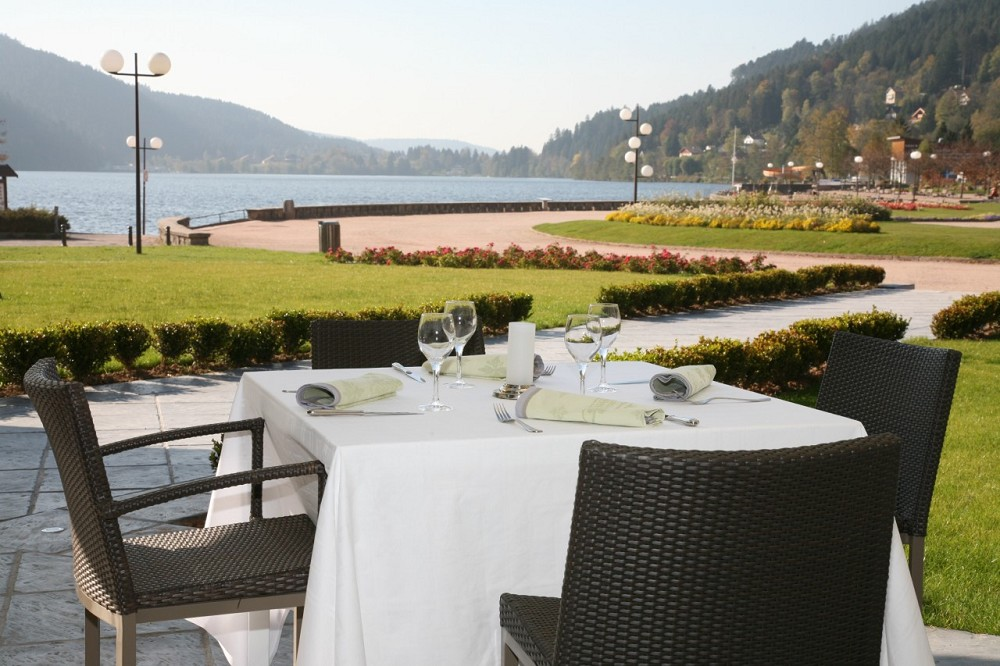 H tel beau rivage g rardmer salle s minaire g rardmer 88 - Restaurant cote jardin lac 2 ...