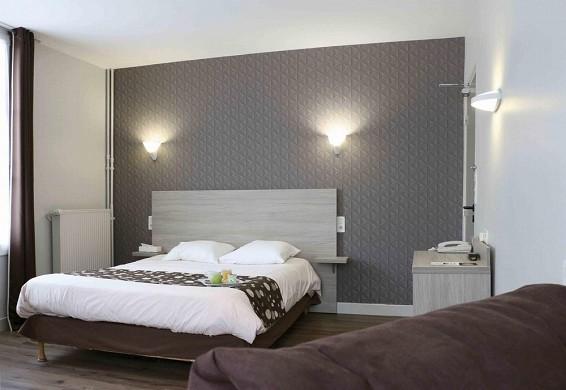 Hotel de la place aunay-sur-audon - camera
