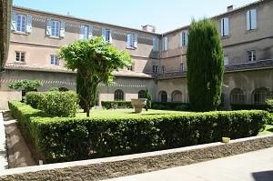 Notre dame de l'Abbaye: sede de un seminario atípico en Aude