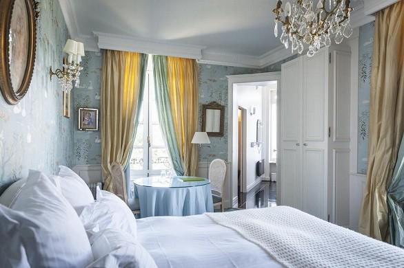 Chateau d'apigne - bedroom
