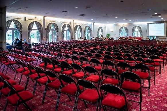 Chateau d'apigne - seminar room
