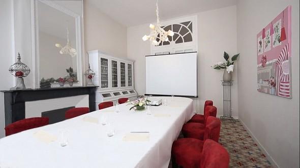 Hotel perignon bignon - the clean room