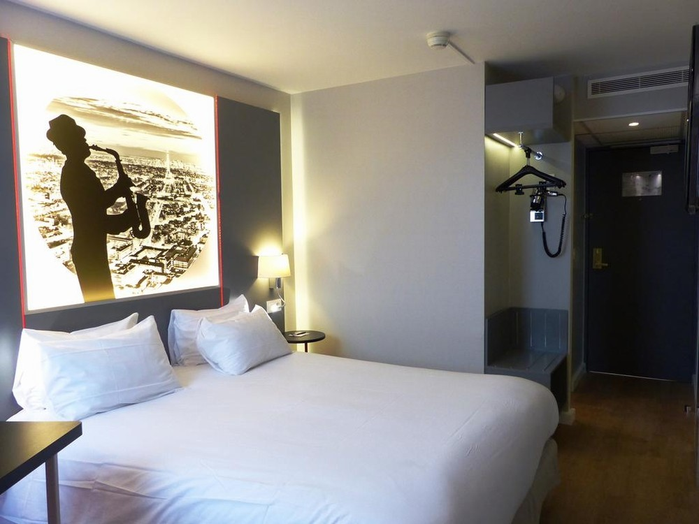 best western paris saint quentin - hébergement