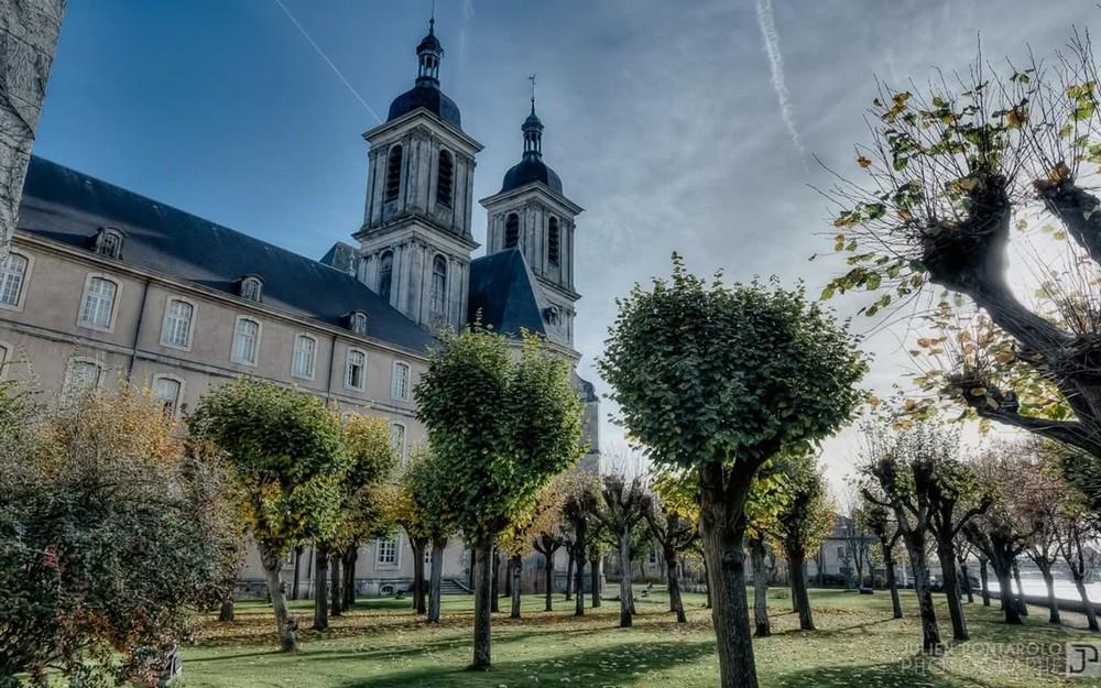 Abadía de las premisas - la abadía