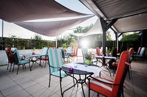 Sunny terrace & privatized