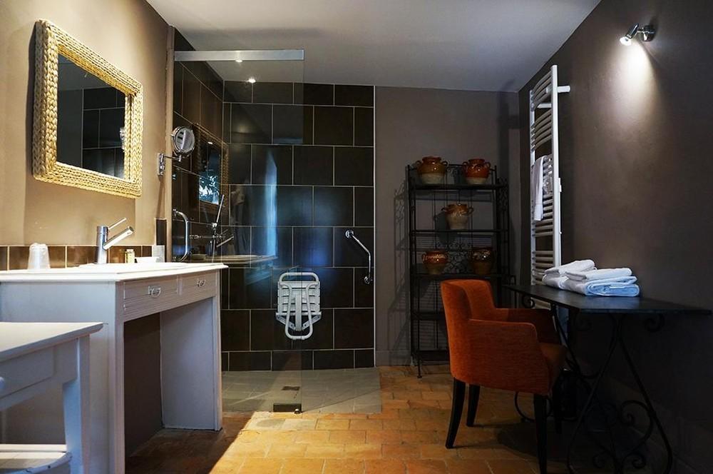 Art'hôtel and spa le potin gourmand - baño