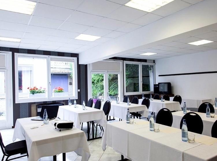 Hotel Lake madine - clase sala de reuniones