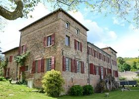 Chateau Pruzilly - castello per la ricezione professionale in alta-Saône