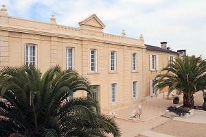 Domaine de Saint Palais - a área do palácio saint-vindas