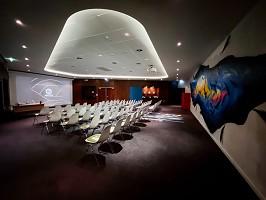 Salonlucienpolletttheater4