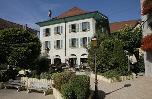 Hotel Ginebra - Frente