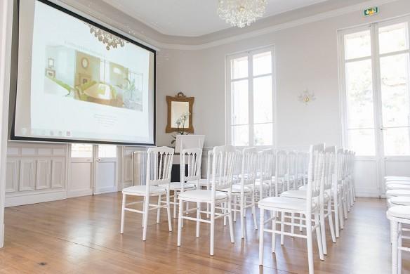 Château la beaumetane - conference room