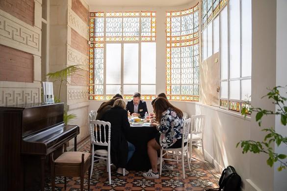 Château la beaumetane - room rental in a castle