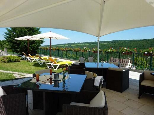 Roman camp inn - terrace