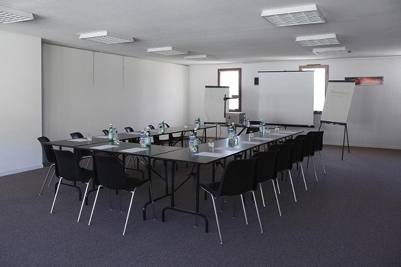 Adonis Carcassonne - residence la barbacane - sala de reuniones