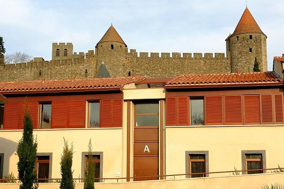 Adonis Carcassonne - residence la barbacane - el hotel