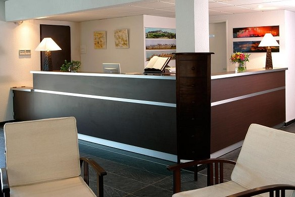 Adonis - residenza Barbican - Ricevimento