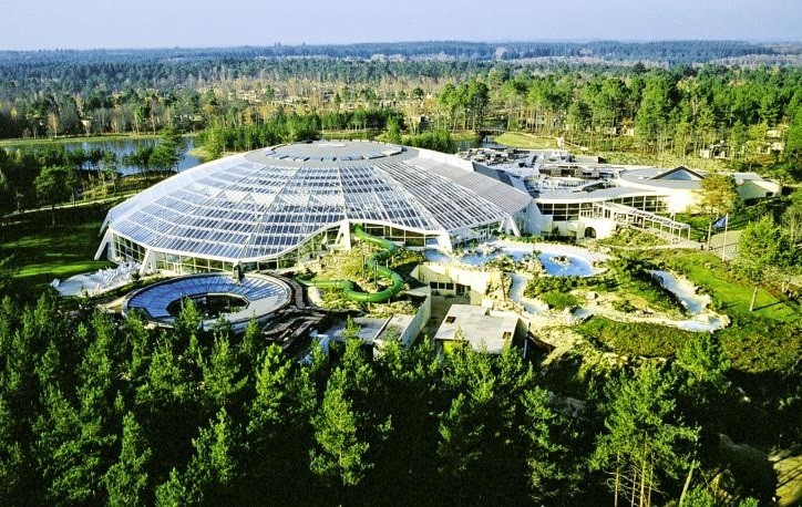 Center parcs les hauts de bruyeres salle s minaire for Center parc piscine