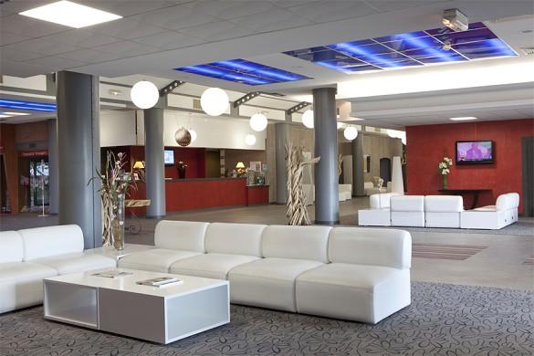 Hotel Plaza - Sitio Futuroscope - vestíbulo