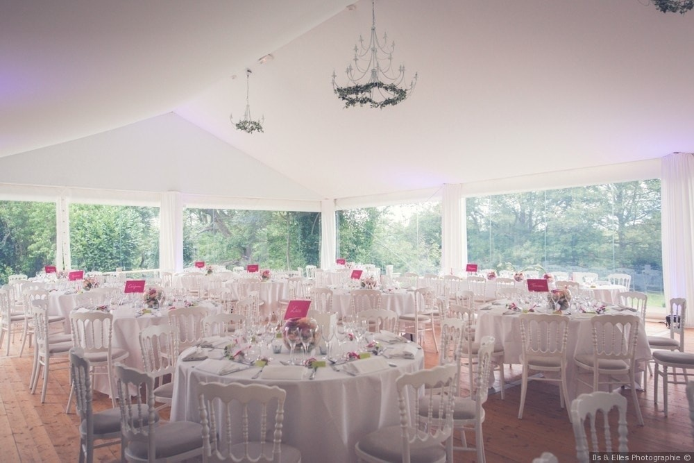 Meridon castle - reception tent with park view