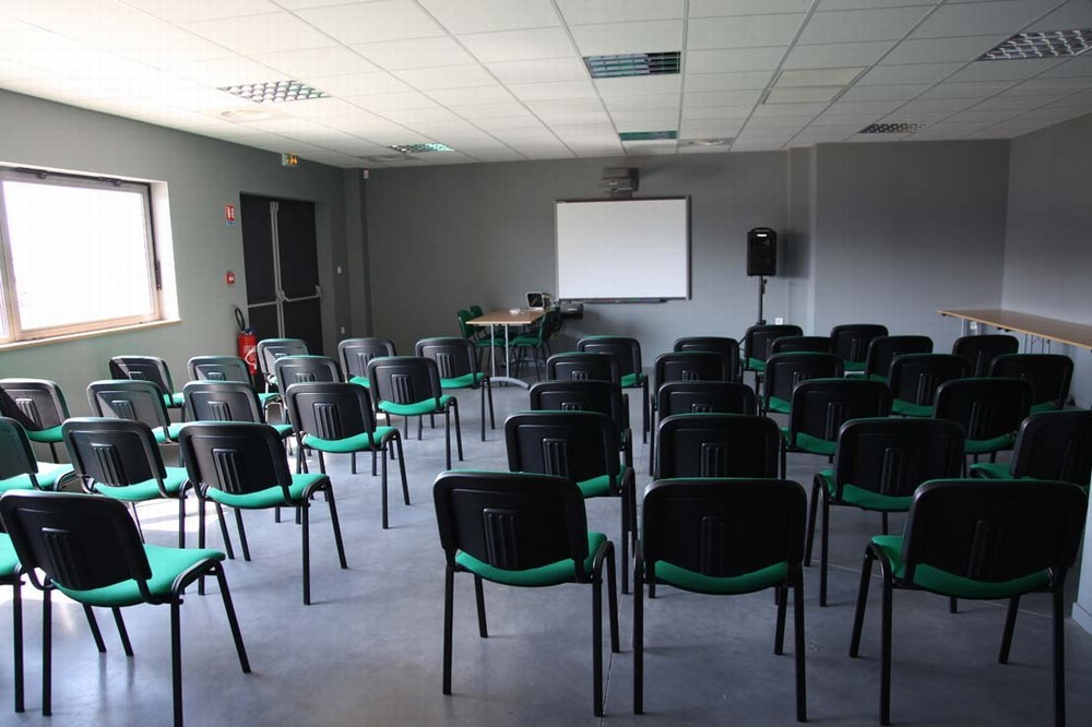 Ellip6 - sala de seminario