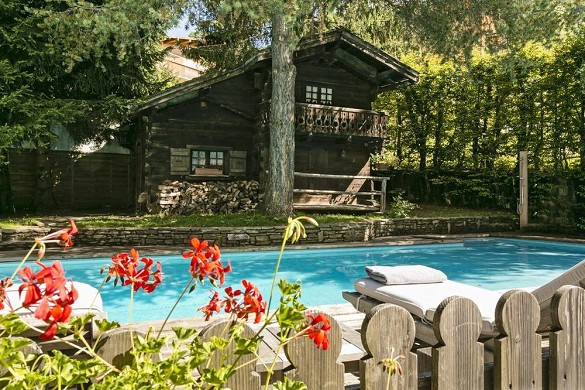 The megève horseshoe - swimming pool