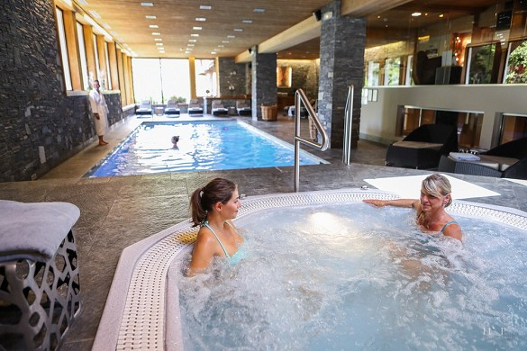 The megeve horseshoe - jacuzzi