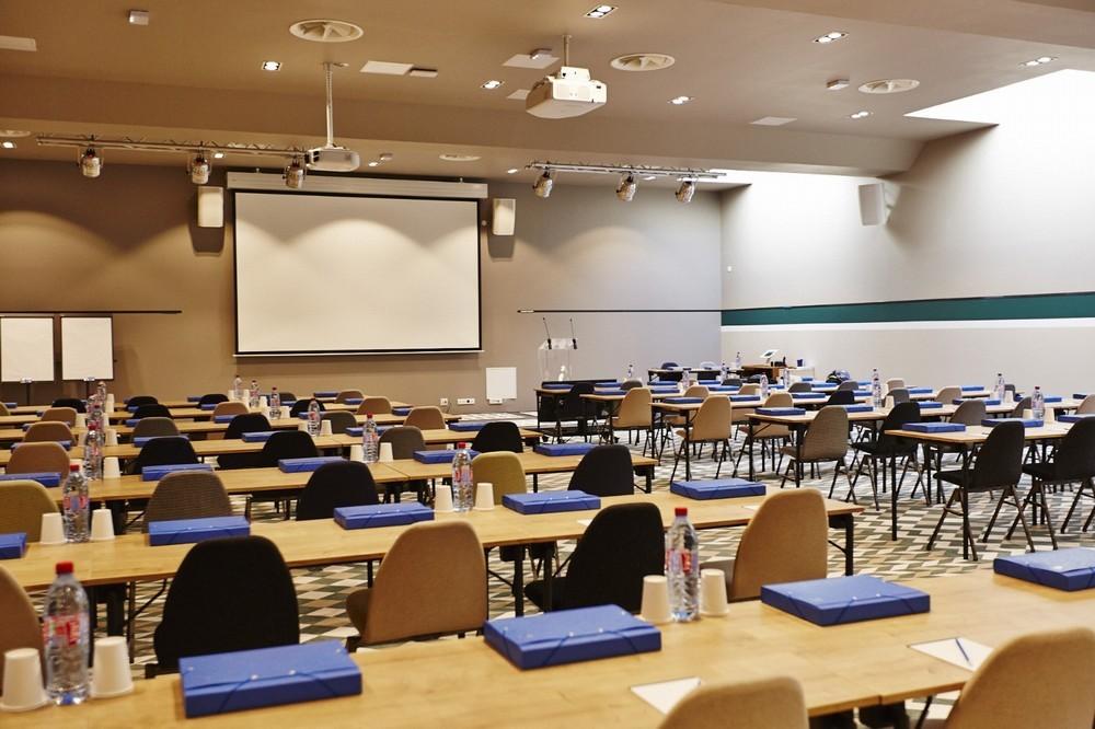 Châteauform 'campus de cély - seminar room