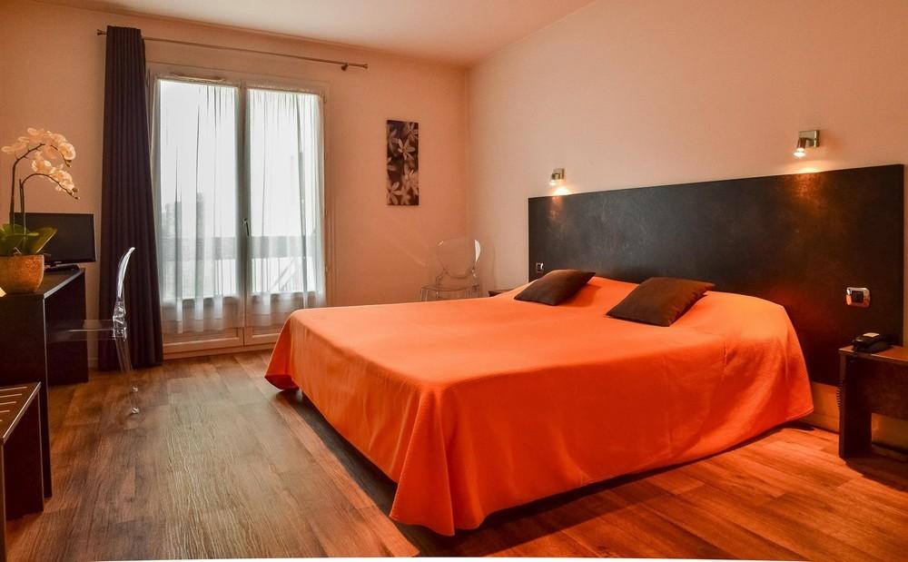 Hotel richelieu mont-de-marsan - habitación