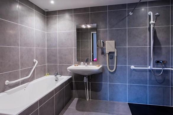 Hotel les Ursulines - baño
