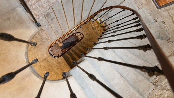 Le saint-louis - stairs